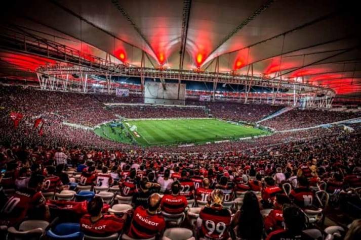 torcida do Flamengo no Maracanã atual