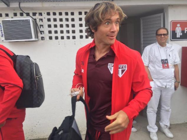 Lugano toma cartão sem entrar em campo e vai desfalcar o São Paulo