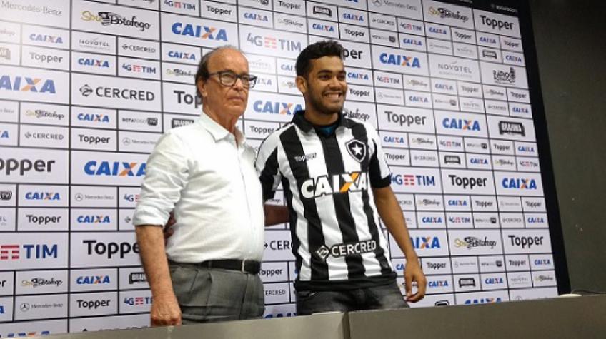 bb64c08edb Apresentado no Botafogo
