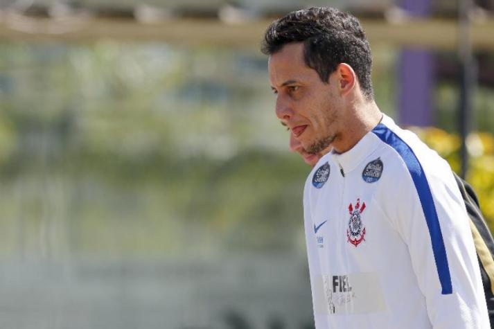 Rodriguinho diz que não avisaria em gol irregular e vê exagero com Timão