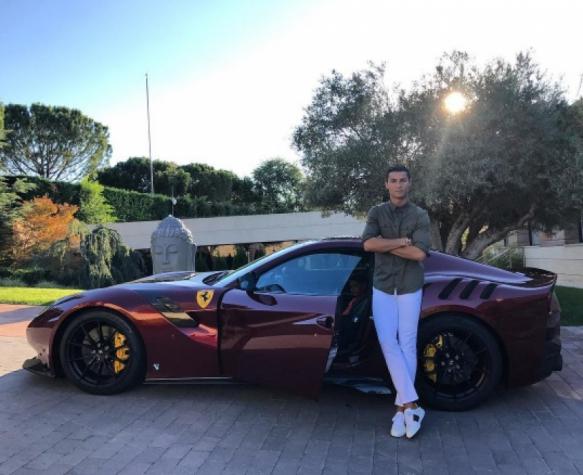 Novo carro de Ronaldo custou meio milhão de euros
