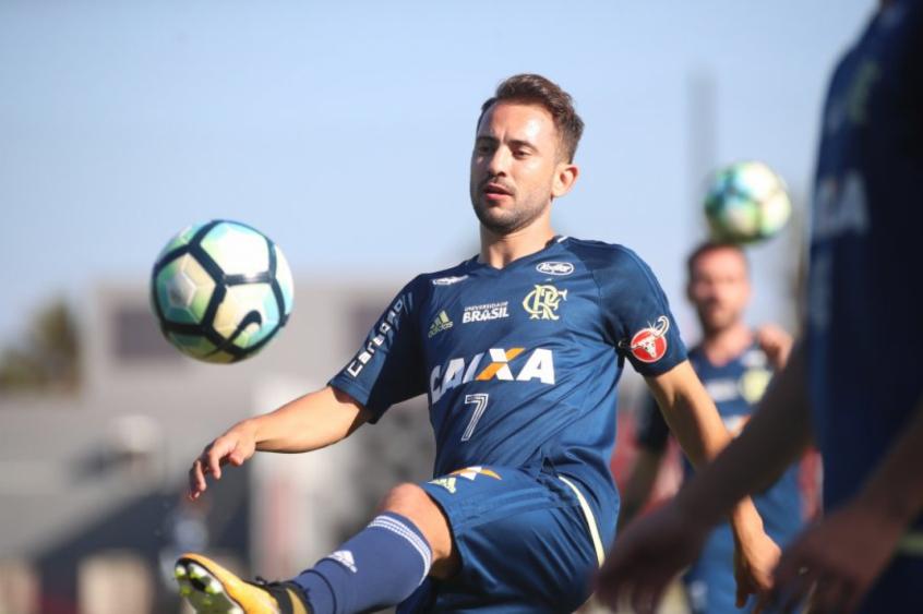 Flamengo volta a jogar em Brasília com um time quase titular
