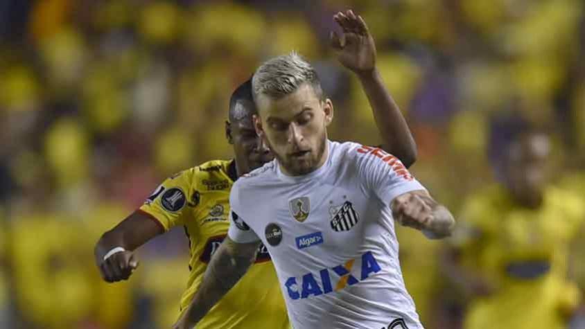 Após eliminação, torcedores do Santos entram em conflito com policiais na Vila