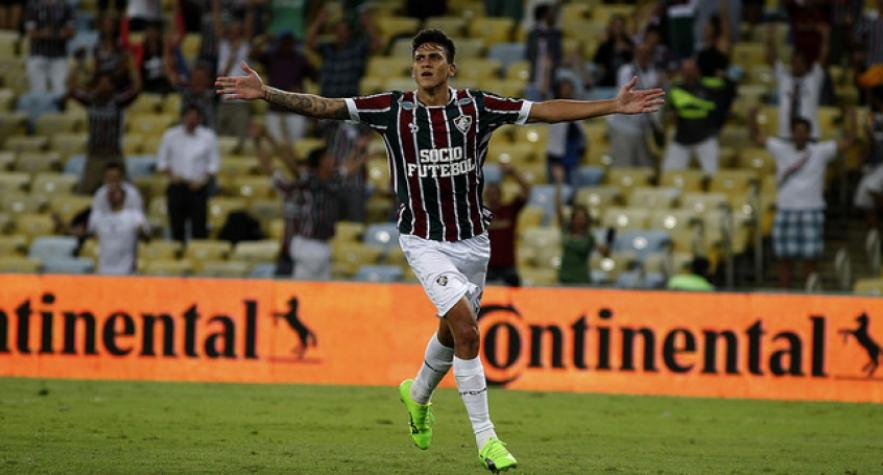 Pedro comemora um de seus gols pelo Fluminense no Maracanã (Foto  Nelson  Perez Fluminense F.C.) cde9ccff2571e