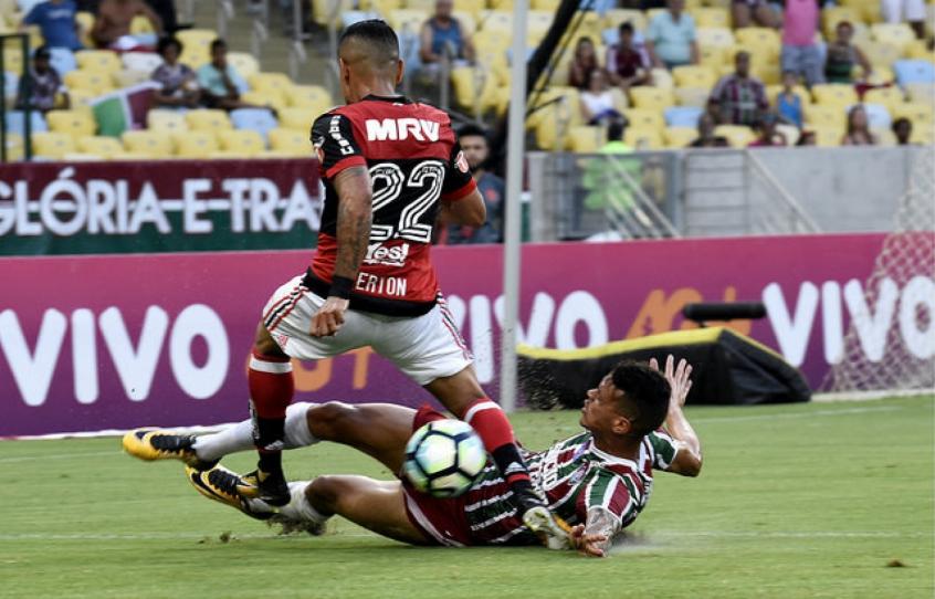 Fluminense vence rival direto e deixa zona de rebaixamento