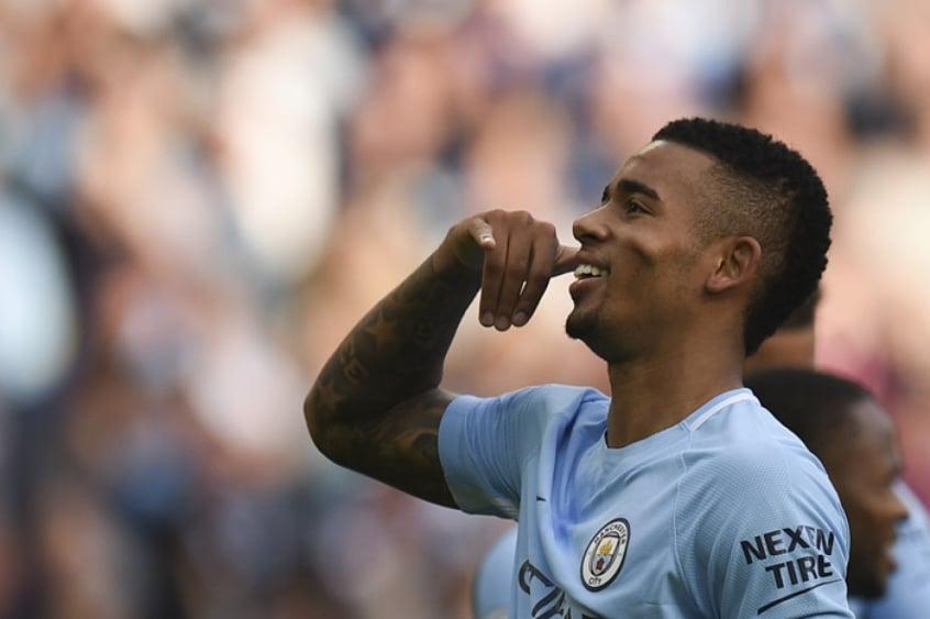 Guardiola vê Napoli como 'desafio' e admite volta de Agüero