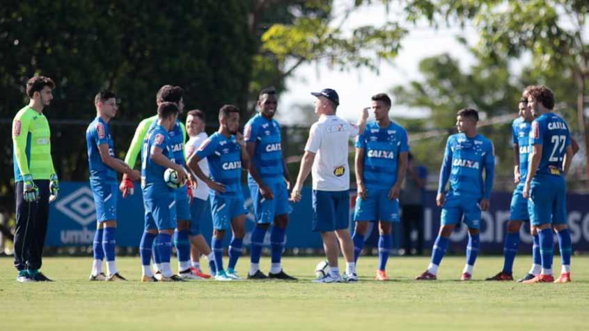 Novidades no time titular do Cruzeiro para o jogo contra o Avaí  626ac57db448e
