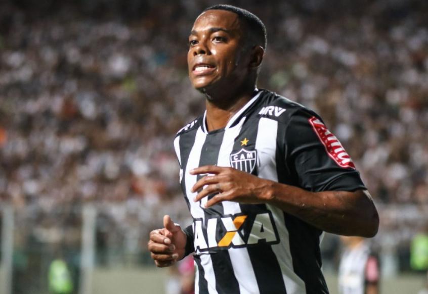 São Paulo estuda a possibilidade de contratar o atacante Robinho ... fb961cd9d8e04