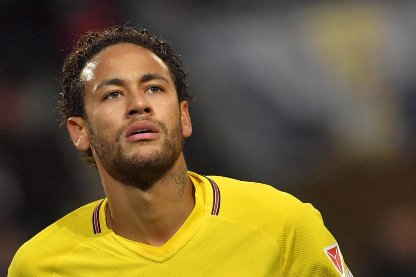Neymar marca e PSG dispara na liderança do campeonato francês
