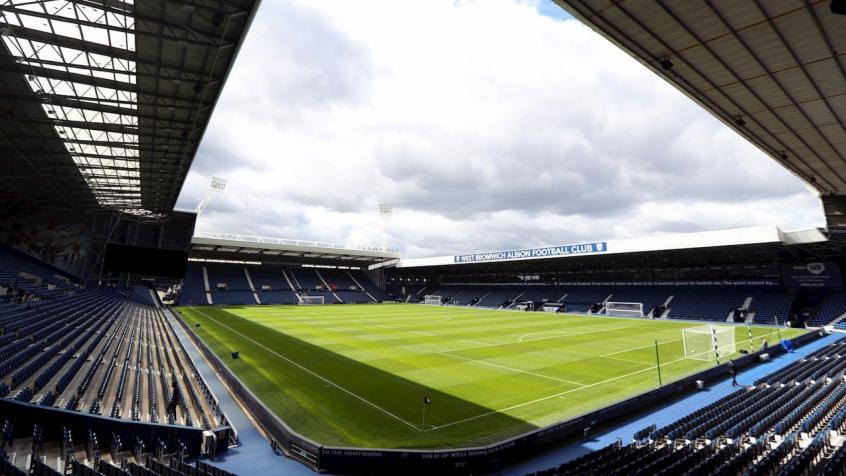 Quatro jogadores do West Bromwich acusados de roubar um táxi