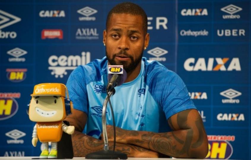 Raposa prepara  Plano Dedé  para tê-lo na Copa do Brasil  b60521ba19730