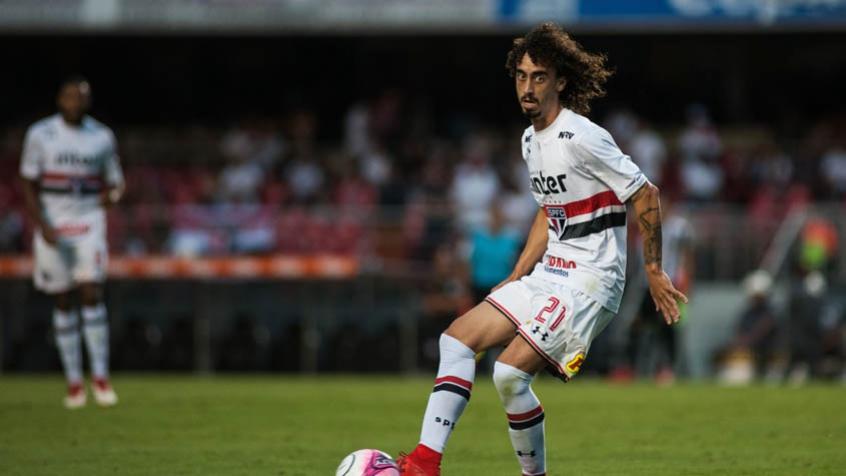 Militão treina sem restrições e pode voltar a jogar pelo São Paulo