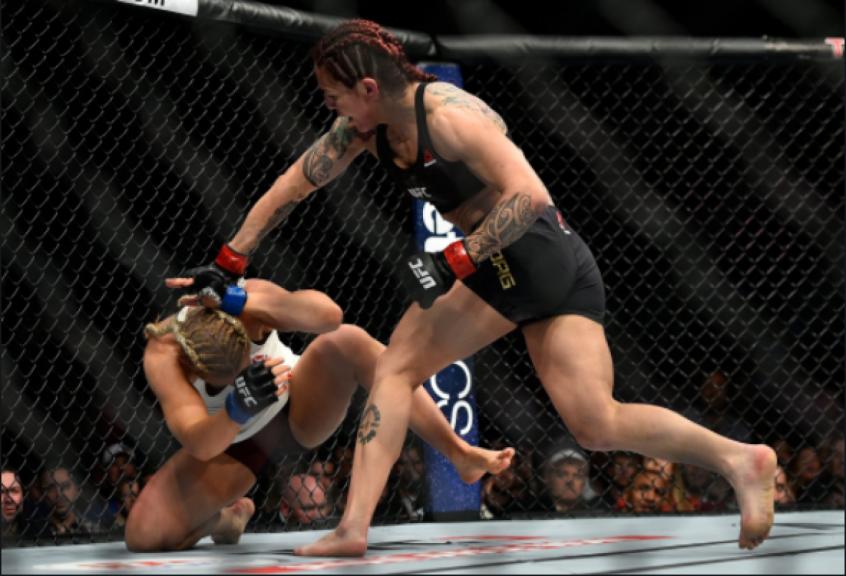 Cris Cyborg nocauteou Yana Kunitskaya no primeiro round