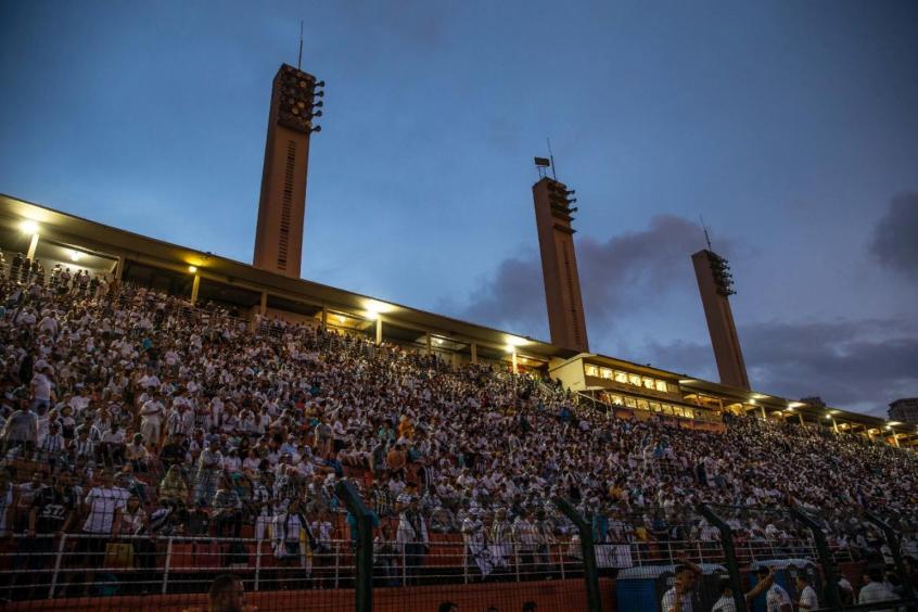 Mais de 9 mil ingressos vendidos para Santos x Nacional-URU  84c38439b4f37