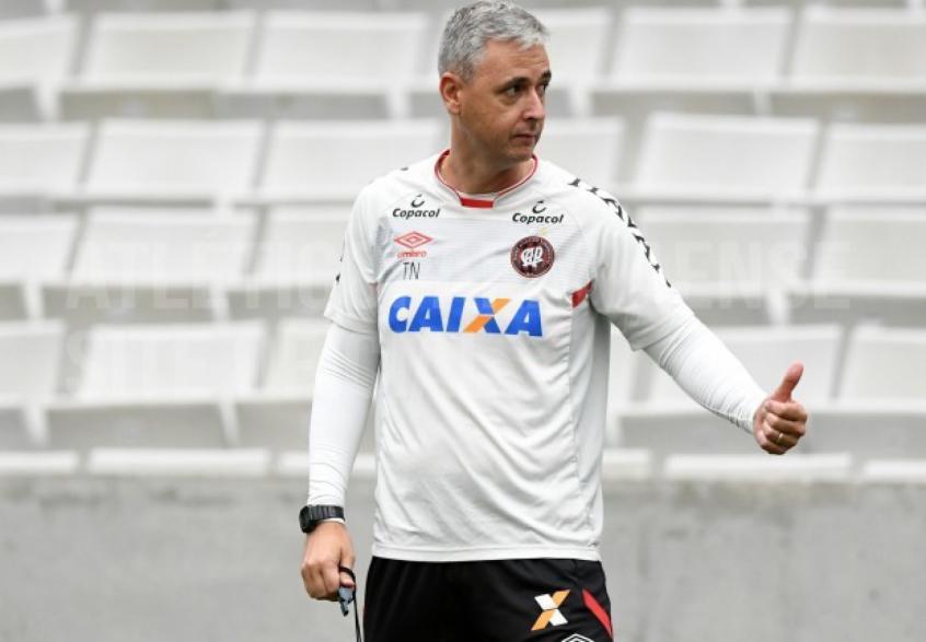 EXCLUSIVO! Um papo com o técnico Tiago Nunes f627bae866ccb