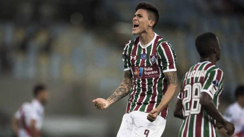 Pedro - Fluminense x Nacional Potosí b858056089178