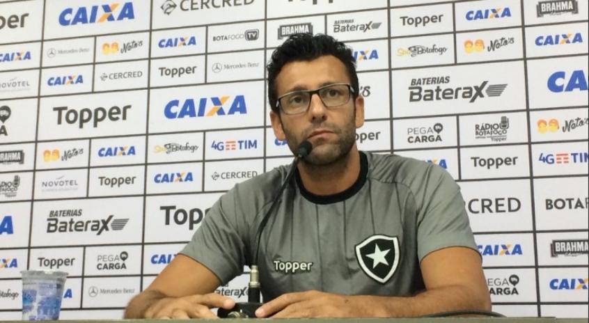 Alberto Valentim - Botafogo