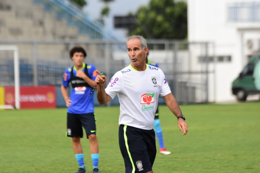Carlos Amadeu convoca seleção sub-20 com sete que atuam na Europa (Mauro  Neto   Sejel Amazonas) 4d9aa10a04196