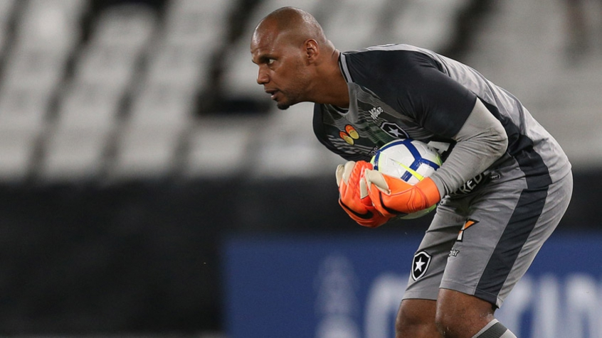 Botafogo vence o Fluminense no clássico desta segunda-feira