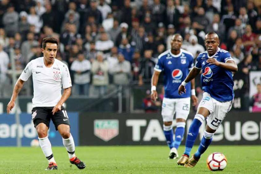 Na estreia de Loss, Corinthians perde e fica com sexta melhor campanha