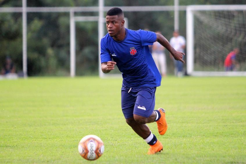 25c753e971 Lucas Santos - Vasco