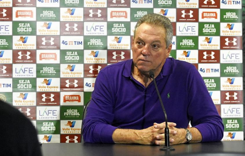 655b1ae2d5 Abel Braga - Coletiva Grêmio x Fluminense. Cuca deixará o comando do Santos  ...