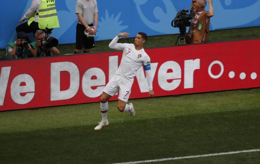 Cristiano Ronaldo está a dois gols de se igualar ao maior artilheiro  português em Copas f7a353dde1ef1