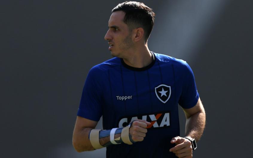 Zé confirma retorno de meias e não descarta Gatito contra o São ... bc1ecdb6aa088