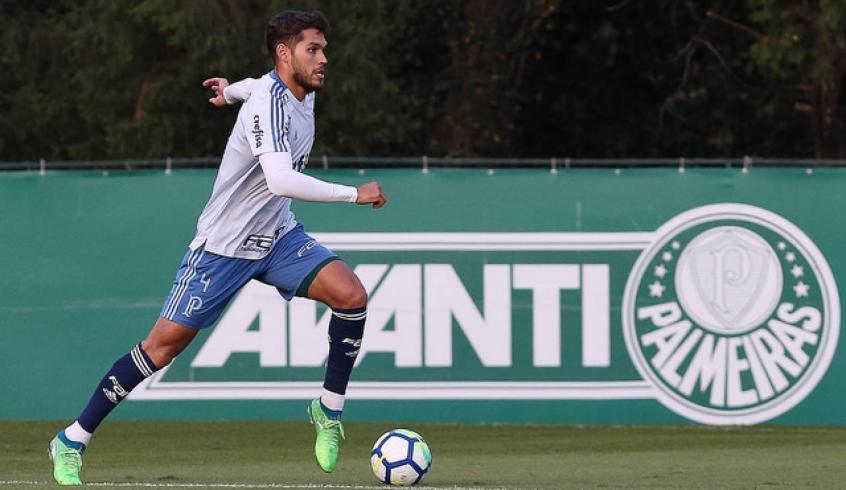 Próximo de estrear, Nico Freire repete posição do início de carreira, contra o Boca, na La Bombonera