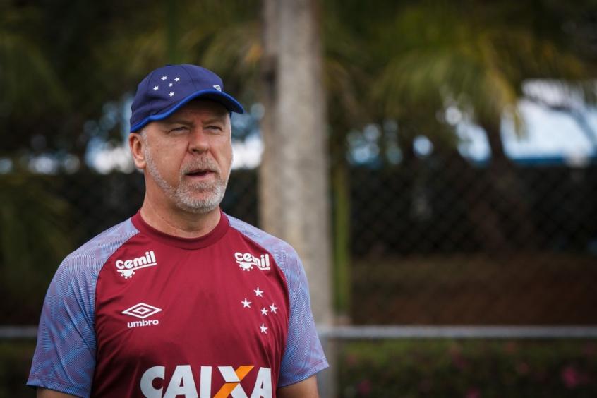 559a21103a Mano Menezes corta três titulares para partida contra o Vitória (Foto   Divulgação)