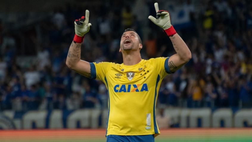 Fábio, do Cruzeiro, revela que já foi sondado pelo Corinthians