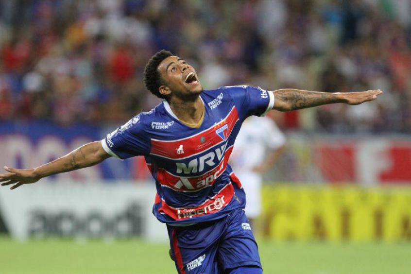 5ae5d424aa Gustavo foi emprestado pelo Corinthians ao Fortaleza em dezembro do ano  passado (Foto  Divulgação Fortaleza)