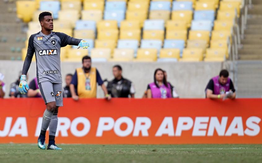 3425505f7c Saulo foi titular mais uma vez (Foto  Vitor Silva SSPress Botafogo)