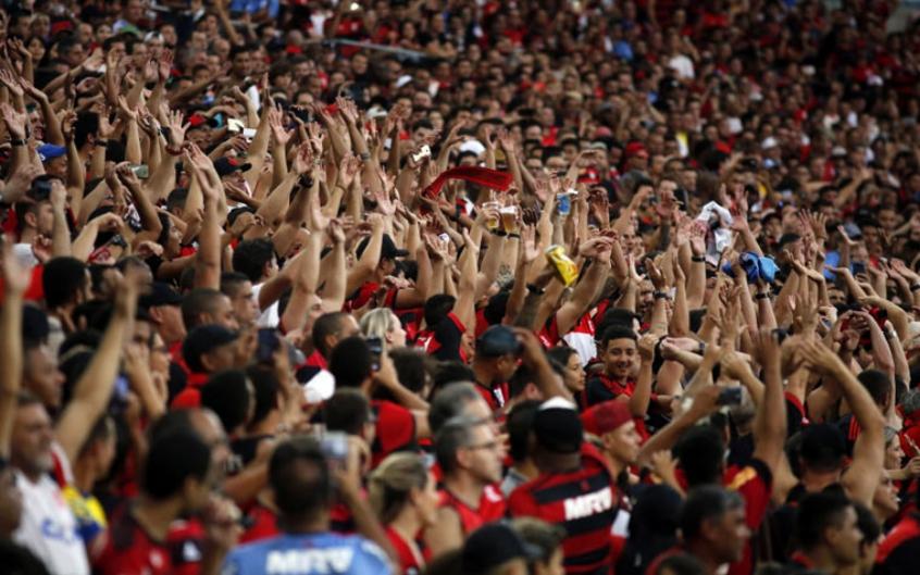 Flamengo reduz preços e convoca torcida para bater recorde de ... 219167c169f17