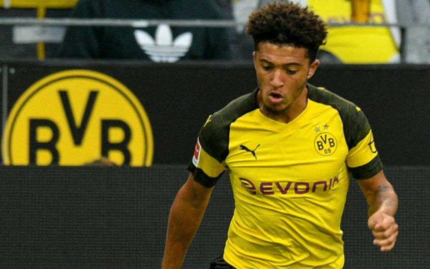 Borussia Dortmund define valor astronômico para negociar Sancho