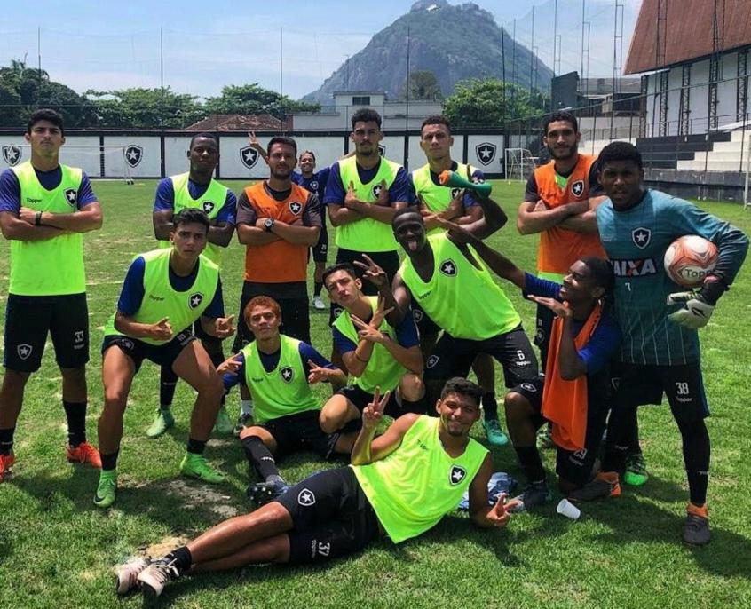 Botafogo sub-20 defende o título do Torneio OPG a partir deste ... 28caa6cb91818