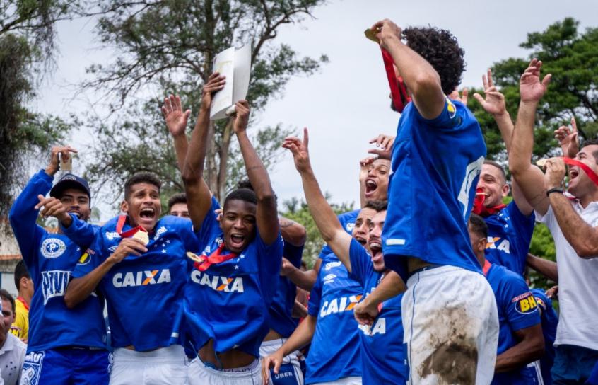 f31dc59342 Cruzeiro vence o América-MG e conquista o Mineiro sub-20