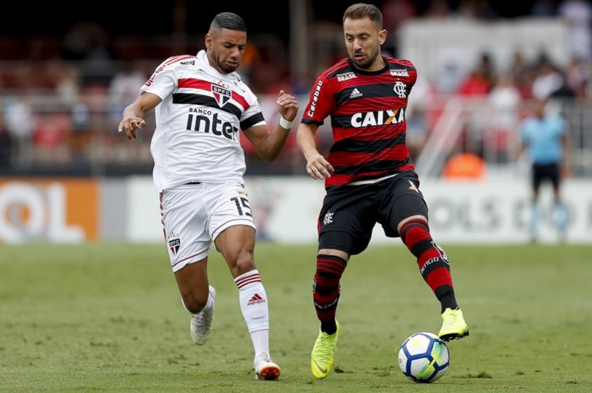 8fd37af6ec São Paulo e Flamengo empatam no Morumbi