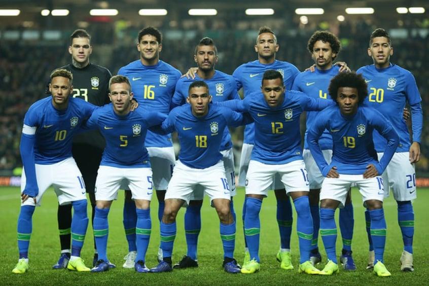 ee3fee9afe Ano fechado com dúvidas  balanço da Seleção Brasileira contra ...