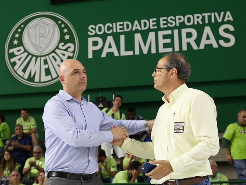 Palmeiras se reúne com patrocinador que oferece quase R$ 1 bilhão