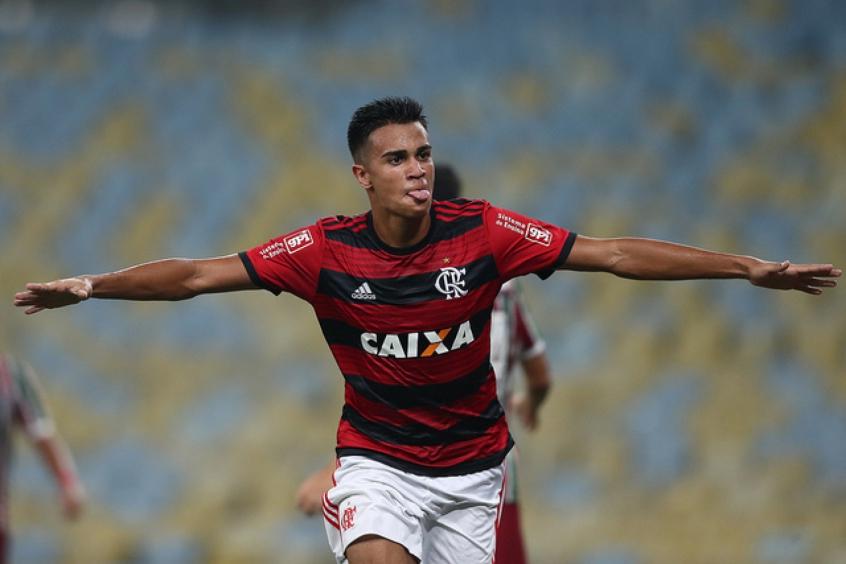 Ex-Flamengo, Reinier admite surpresa com saída de Jesus no Flamengo