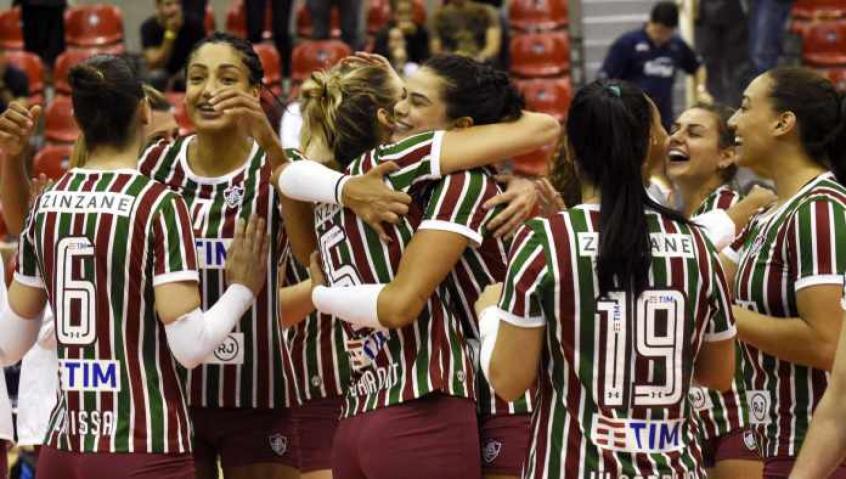 Fluminense vence o Brasília e se recupera na Superliga Feminina  9318babf2f433