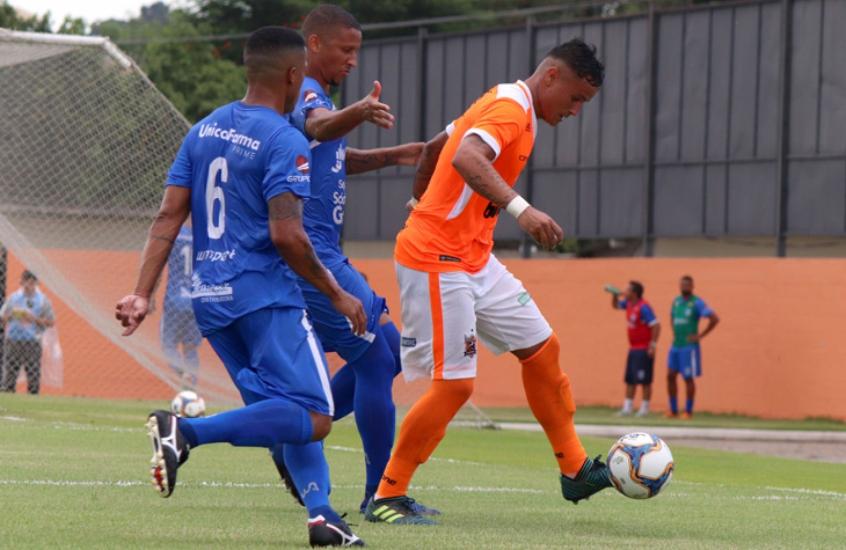 f30fdd9fe Nova Iguaçu e Americano largam na frente na Seletiva do Carioca 2019 ...