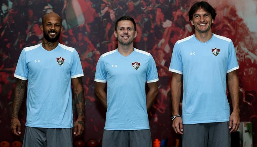 0a6e538f57 Os três atletas assinaram contrato de uma temporada com o Tricolor (Foto   Divulgação Fluminense)