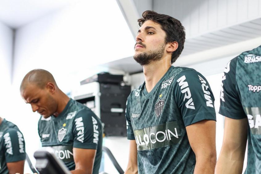 Igor Rabello ficará no Galo por quatro anos e terá a missão de rejuvenescer  a zaga atleticana- Bruno Cantini(Foto) 31f178b4f388d