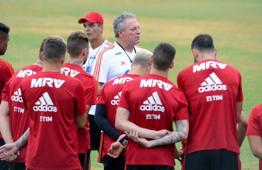 Temporada do Flamengo começa com promessa por  briga  no meio  9641fbcd9bdd7