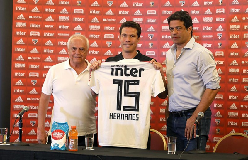 Profeta Hernanes vestirá a camisa 15 em sua terceira passagem pelo Tricolor 06b7bcc9ca728