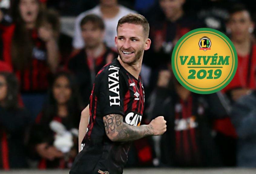 Léo Pereira do Atlético Paranaense VAIVÉM com selo