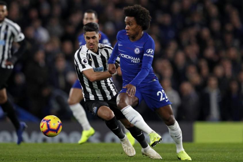 d70a2df999 Willian marca golaço e ajuda Chelsea a bater o Newcastle no Inglês ...