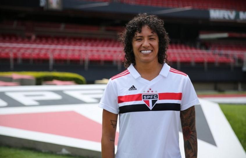 Atacante será a estrela do time feminino do São Paulo nesta temporada 34c6ba4cba090